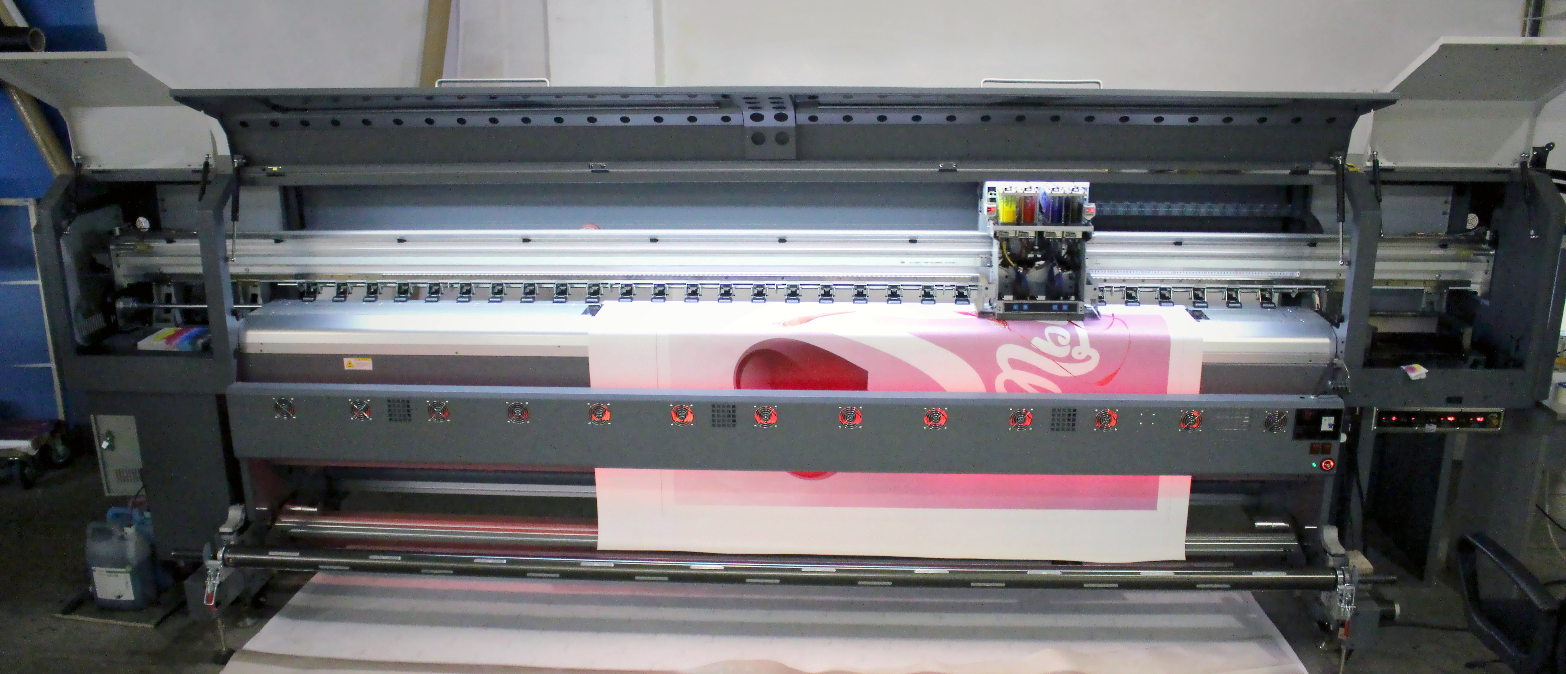 Печатное оборудование: ZEONJET-3202 DX-5 PRO
