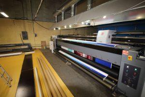 печать пятиметровых баннеров